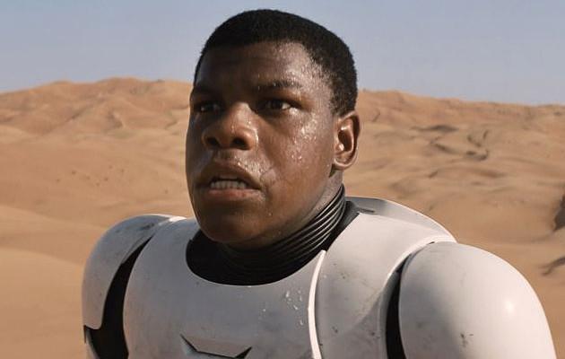"""Star Wars -tähti avautui terroristiepäilyistä: """"Minut pysäytettiin Los Angelesin kentällä joka ikinen kerta"""""""