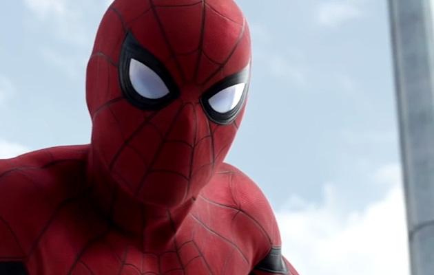 """Tom """"Spider-Man"""" Holland poltti Avengers: Infinity Warin käsikirjoituksen"""