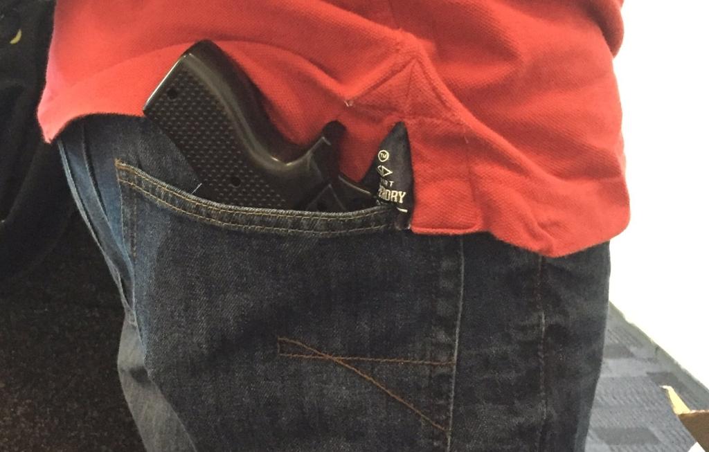 gun-replica-smartphone-case-110716