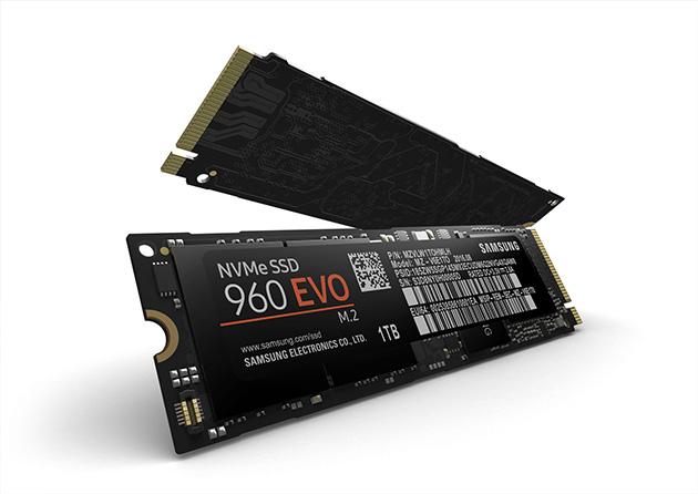 Samsung 960 EVO -SSD-asema