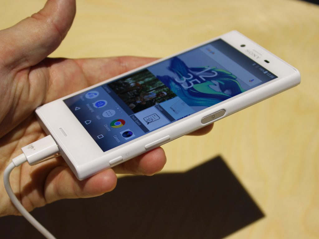 sony xperia s3 compact