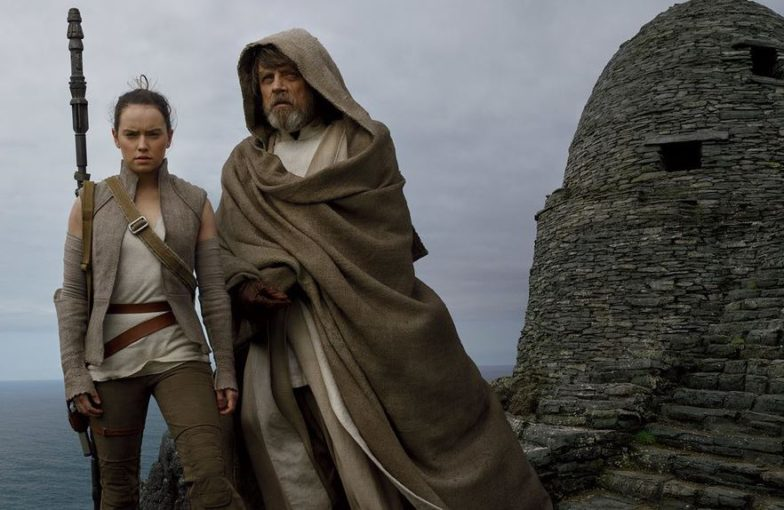 Mark Hamill täsmensi Star Wars -faneja hämmentänyttä kommenttiaan Luke Skywalkerista