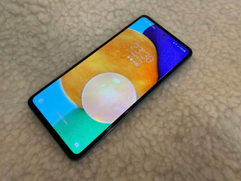Samsung Galaxy A52 5G lukitusnäyttö