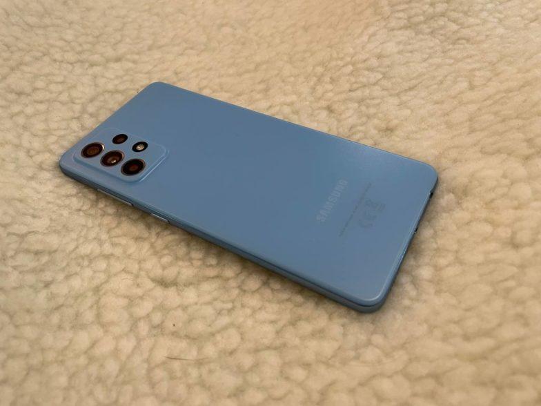 Samsung Galaxy A52 5G takapuoli