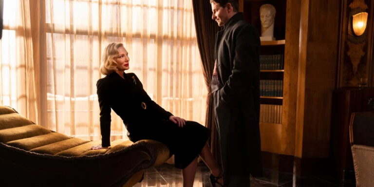 Nightmare Alley / Cate Blanchett, Bradley Cooper